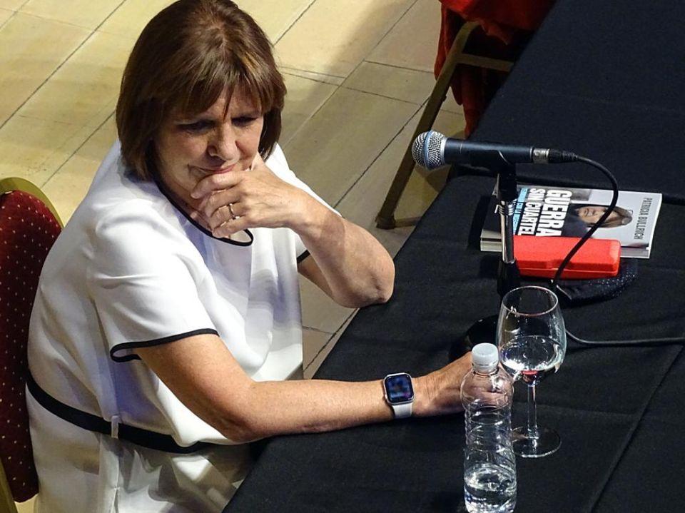 Patricia Bullrich con su libro