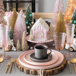 """""""Navidad a la hora del té"""" es una de las recientes creaciones de Marisa."""