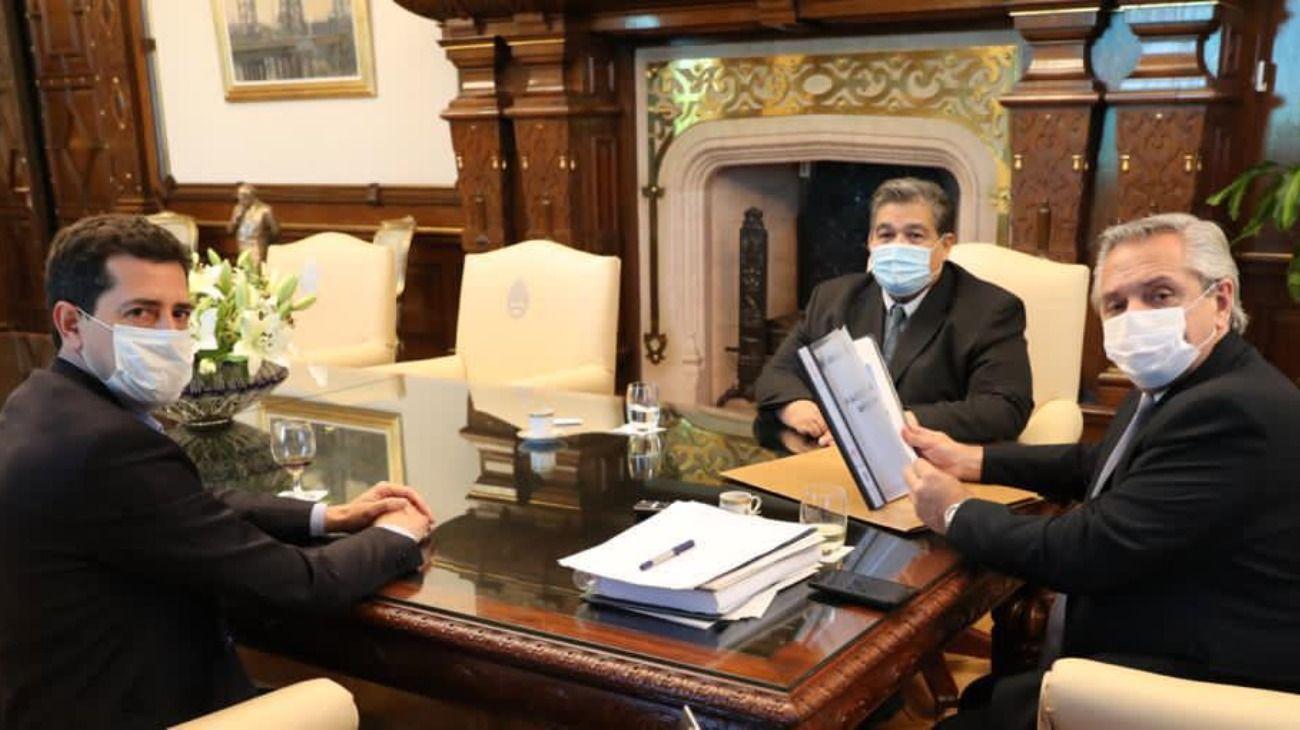 El intendente de José C. Paz, Mario Ishii, volvió a la Rosada y se reunió con Alberto Fernández y Wado de Pedro.