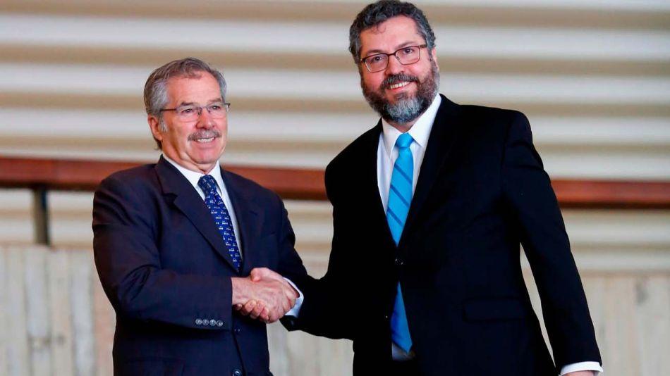 el canciller brasileño Ernesto Araújo y canciller argentino Felipe Solá 20201216