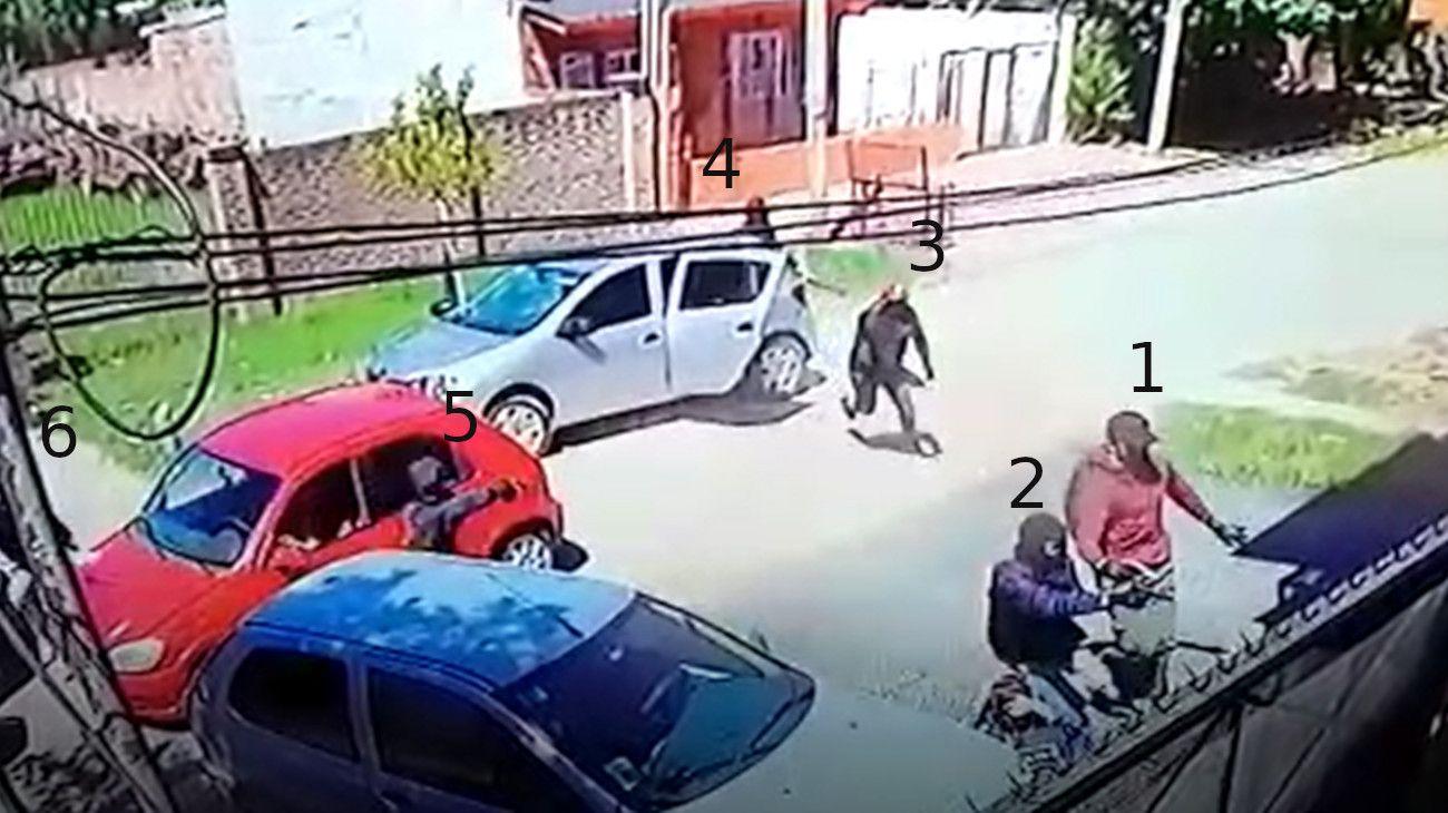 En el golpe armado en Moreno participaron al menos once delincuentes.