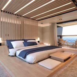 La suite principal cuenta con un área de estudio y relajación, un dormitorio y dos terrazas.