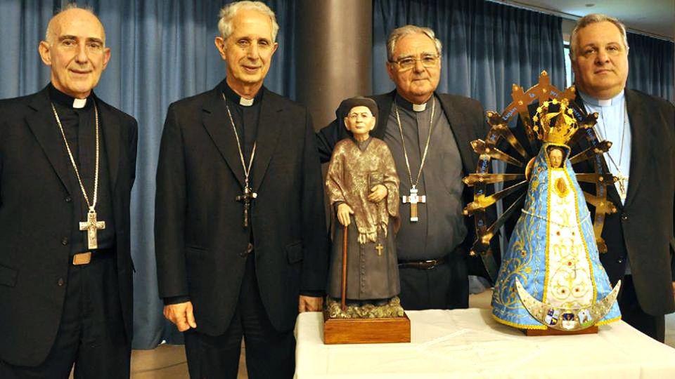 La Conferencia Episcopal se plantó: no irá a saludar a Fernández