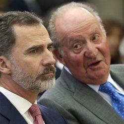 Felipe y Juan Carlos distanciados.  | Foto:CEDOC