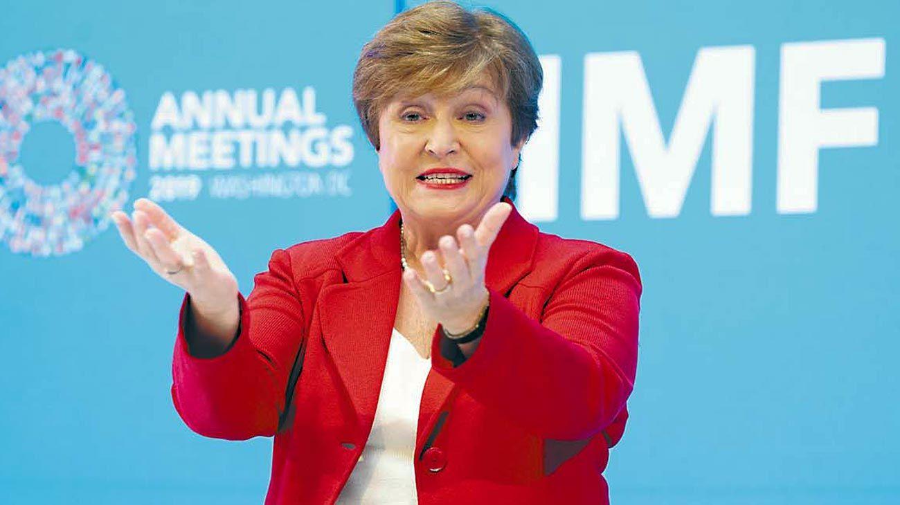 Fondo. El mundo se mostraría menos hostil con el país, una ayuda en la negociación con el FMI.