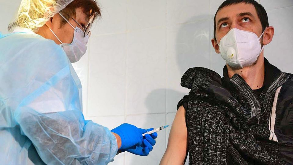 20201219_vacuna_coronavirus_cedoc_g