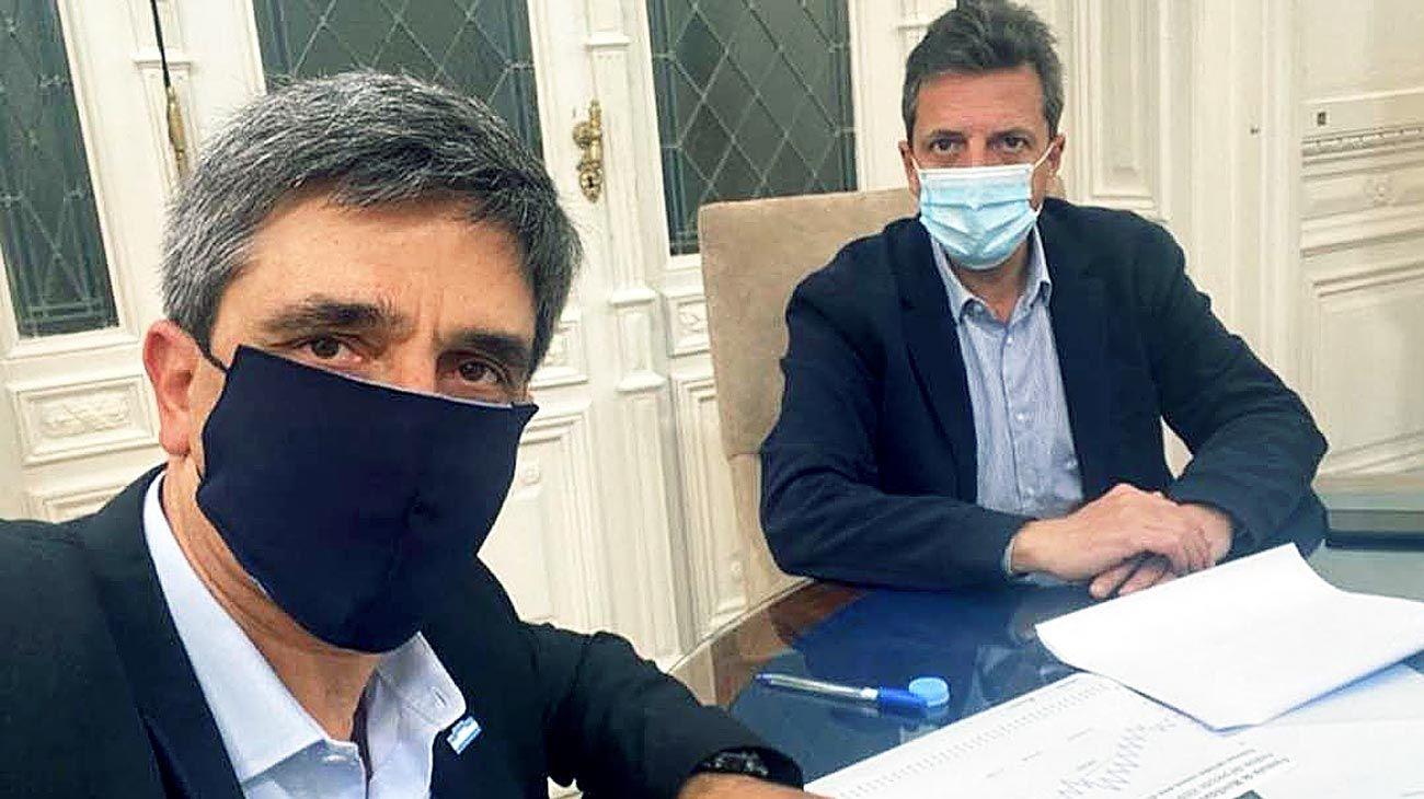 Massa. Junto al tucumano Pablo Yedlin, autor del proyecto.