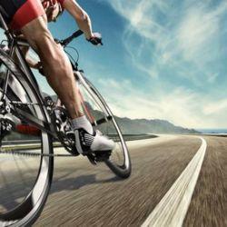 Otra forma de tener una bicicleta rápida sin hacer una gran inversión es cuidándola, hacerle el mantenimiento cada cierta cantidad de meses y sobre todo limpiándola con regularidad.
