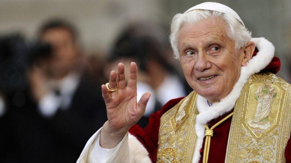 Benedicto XVI Comunicado Vacunas
