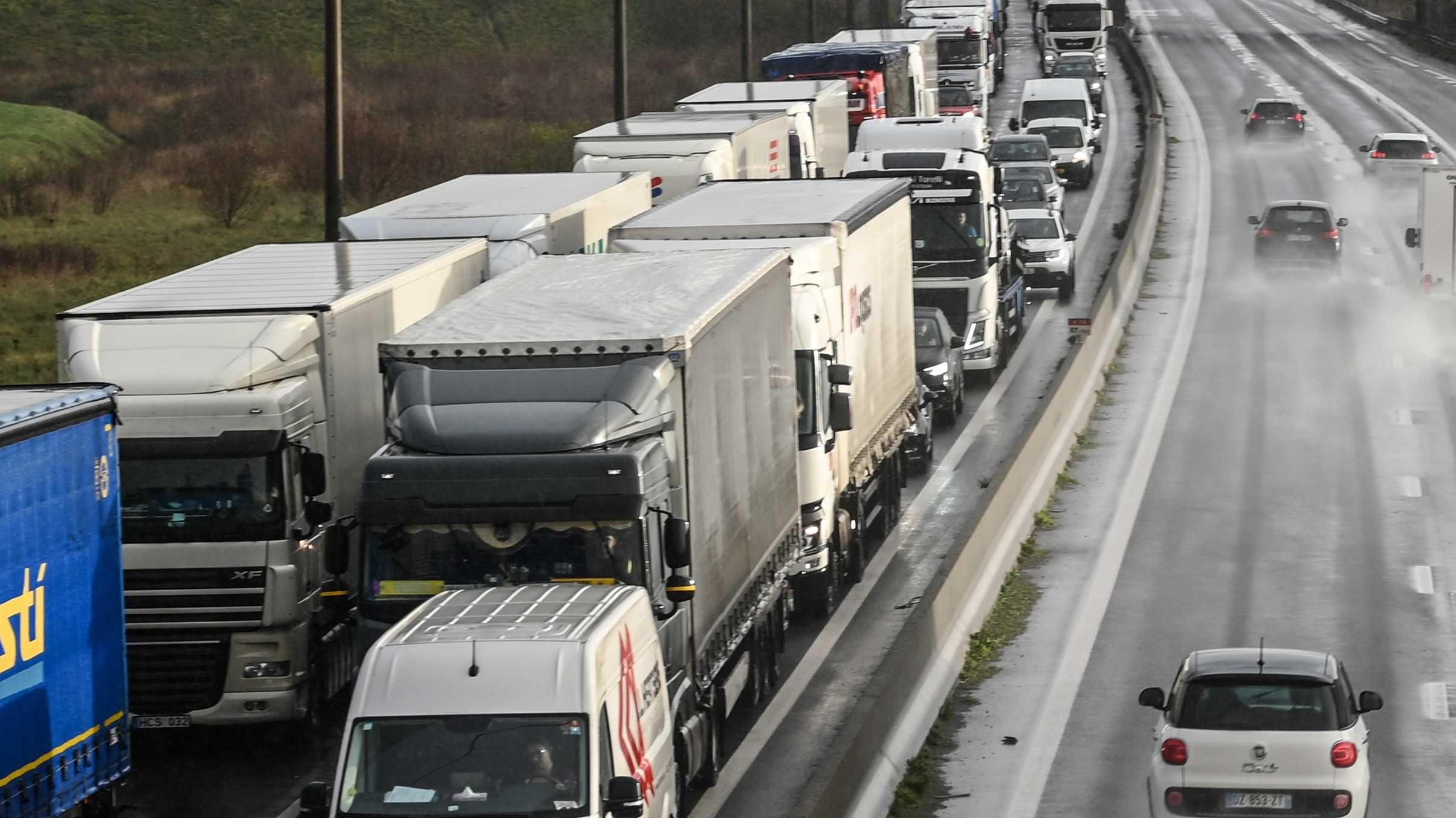 Camiones Varados por COVID19.