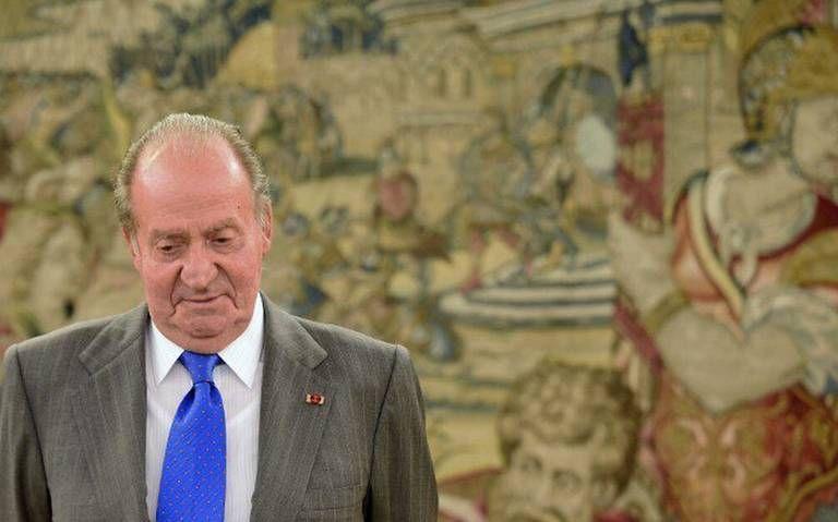 Cómo es la casa con paredes de oro en la que se aloja el rey emérito Juan Carlos