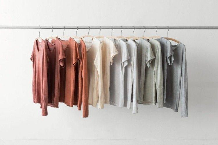 Empezar a dejar de lado la industria de la moda rápida es un cambio cultural que fomentan algunos influencers ecológicos.