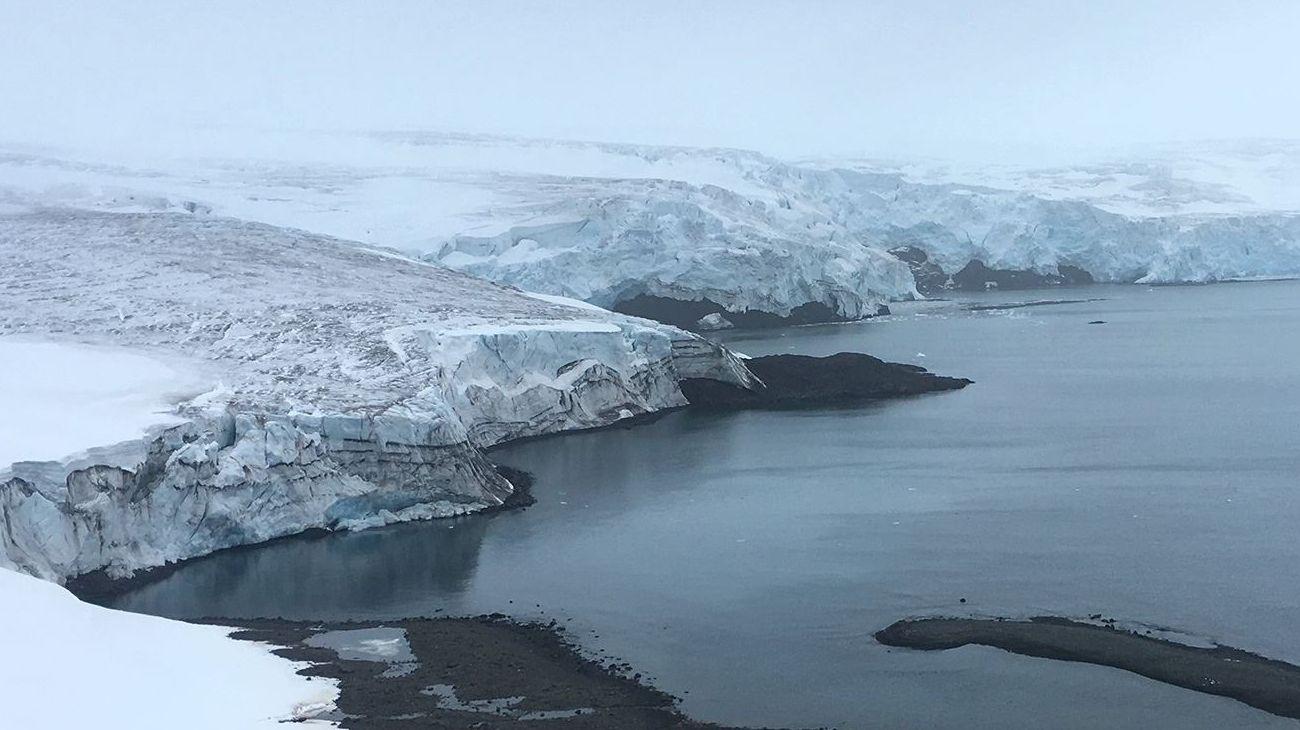 El continente Antártida, territorio que alberga casos recientes de COVID-19