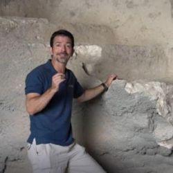 Los baños rituales judíos tienen una serie de escalones que terminan en una pileta poco profunda.