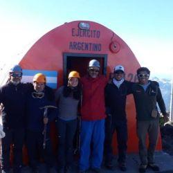 Los preparativos requirieron de varios meses, que incluyeron mucho entrenamiento y venta de rifas y comida para financiar la expedición.
