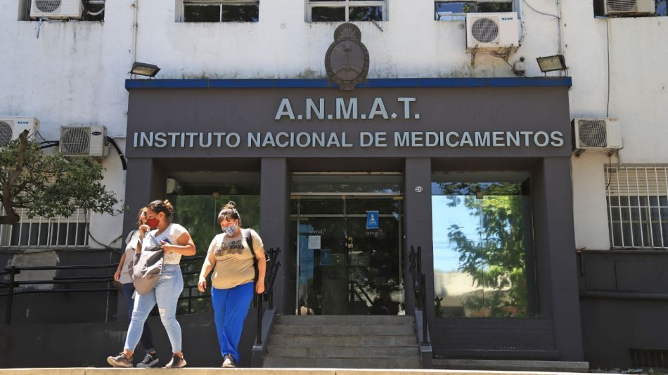 ANMAT aprobó el uso de emergencia de la Sputnik V tras la autorización del Ministerio de Salud para su empleo.
