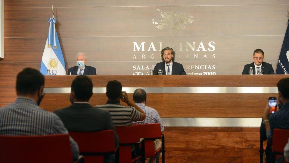 Buenos Aires: El embajador de Rusia en la Argentina, Dmitry Feokstistov, participó de una conferencia de prensa en Ezeiza luego del arribo de las vacunas a la Argentina.