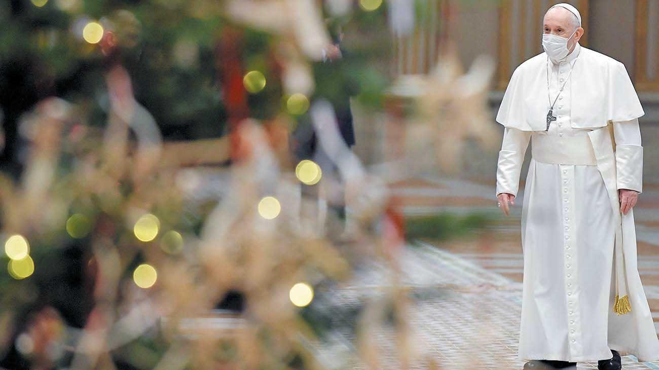 """Especial. Este año la bendición """"a la ciudad y al mundo"""" no fue desde el balcón de la Plaza San Pedro."""