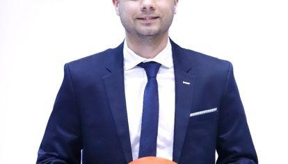 Pasión naranja. Nicolás Arduh jugó en Instituto, Maipú y Empalme y fue DT en General Paz Juniors. Hoy dirige Atenas junto a Cristian Colli.