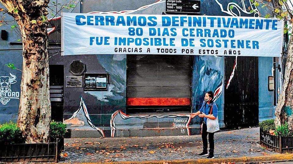 Pandemia. Maquilló lo que hubiera sido el fracaso de poner a la Argentina de pie.