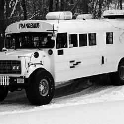 El Frankenbus se realizó en base a un autobús GMC Serie H carrozado por Carpenter.