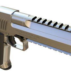 A partir de su producción por Saco Defense (Maine, USA) se le instaló un riel para accesorios y cañón compensado.