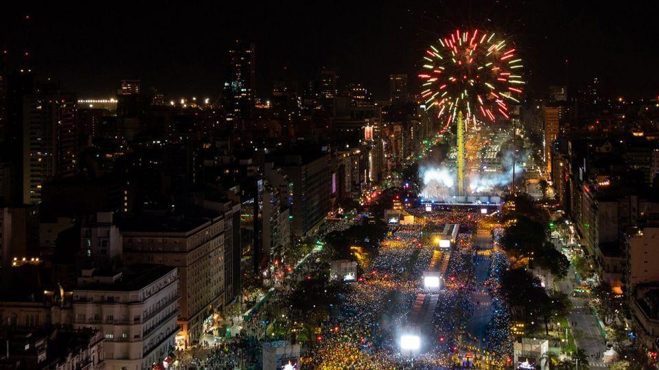 Celebración de Año Nuevo en las instancias del Obelisco.