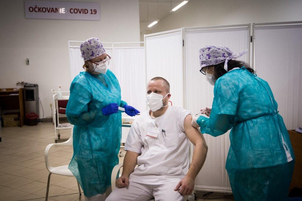 El 29 de diciembre Argentina se sumará a una lista de alrededor 30 países que ya comenzaron a vacunar.