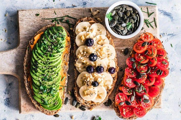 La mesa de las fiestas puede ser una nueva experiencia incluso para quienes no siguen una dieta completamente vegetal.