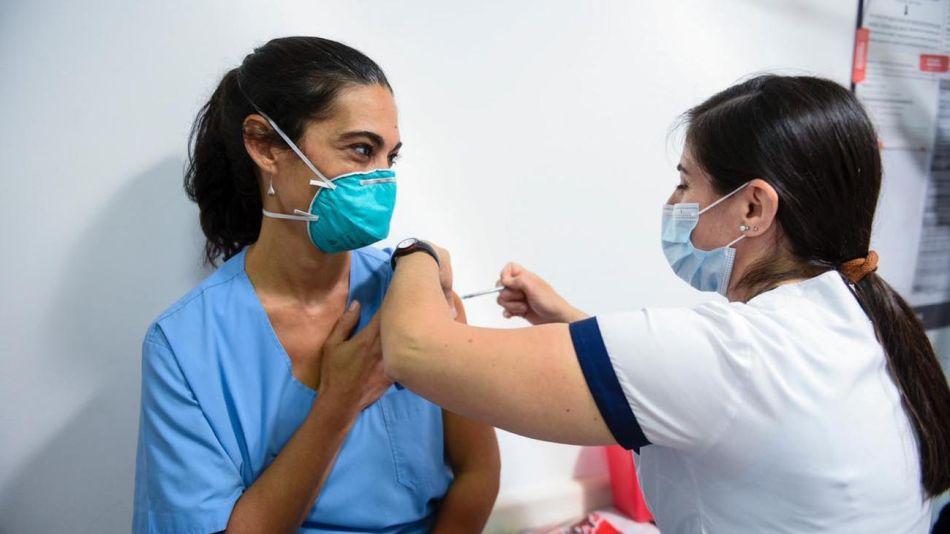 Comienzo Vacunación Covid-19 20201229