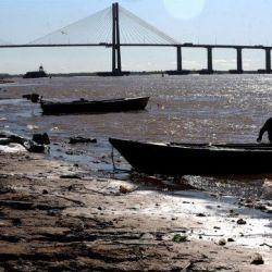 Los pescadores deportivos y comerciales de Santa Fe no podrán realizar la actividad en el Paraná hasta abril de 2021.