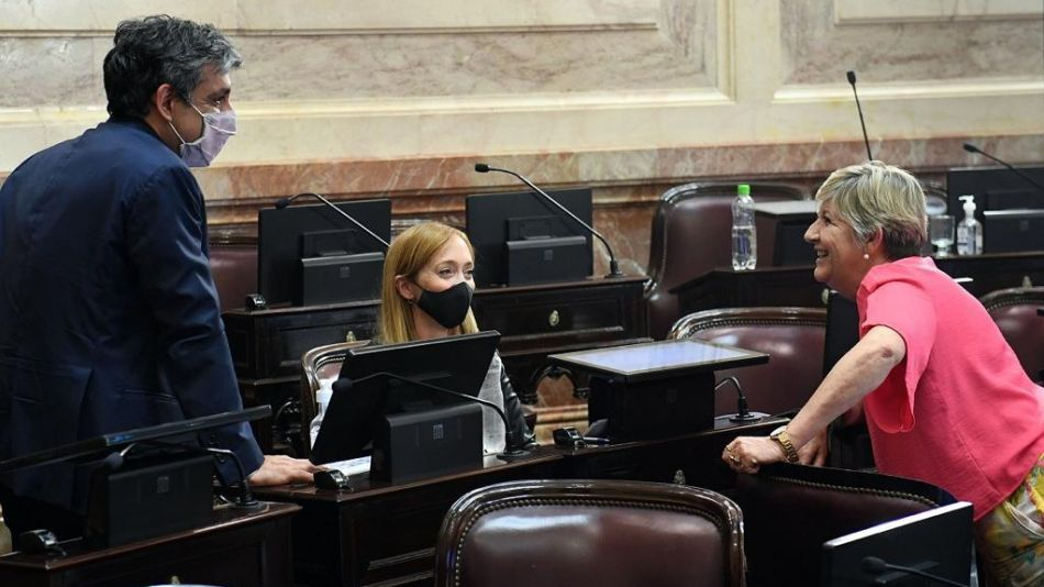 Sagasti, junto a Matías Rodríguez y Nancy González, en la previA