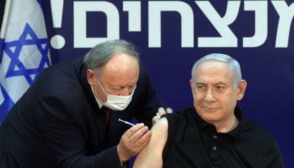 Netanyahu apuesta a la campaña vacunatoria
