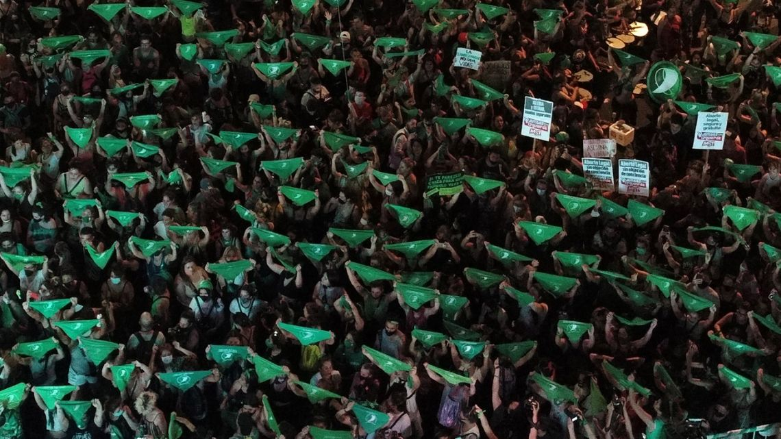 The green wave in favour of abortion.