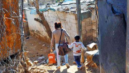 La pobreza golpea con dureza a los niños y niñas en Argentina, según informes de Unicef.