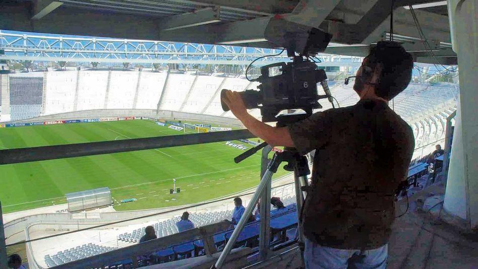 20200103_futbol_televisacion_dopaciomaxilunapoolargra_g