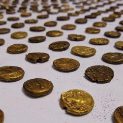 Según los especialistas, el valor de las monedas de oro encontradas es de casi 1.000.000 de euros.