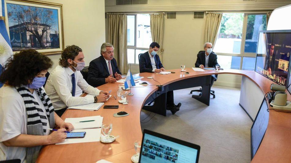 Alberto Fernández vuelve a analizar con los gobernadores la suba de contagios de coronavirus 20210106