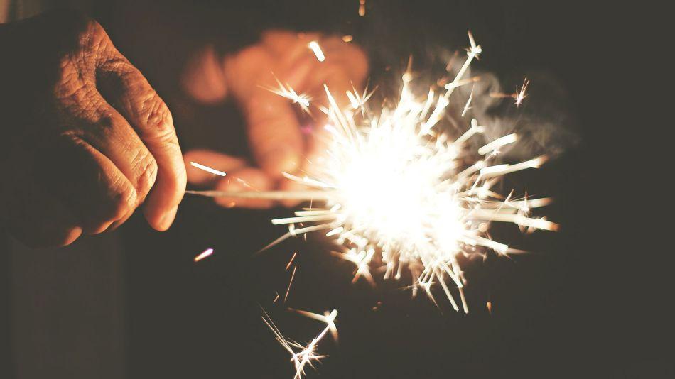 estrellita-fuegos-artificiales-Free-Photos-en-Pixabay