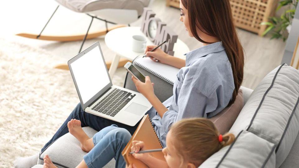 Quienes tengan hijos menores de 13 años, con discapacidad o en guarda con fines de adopción trabajarán en remoto.