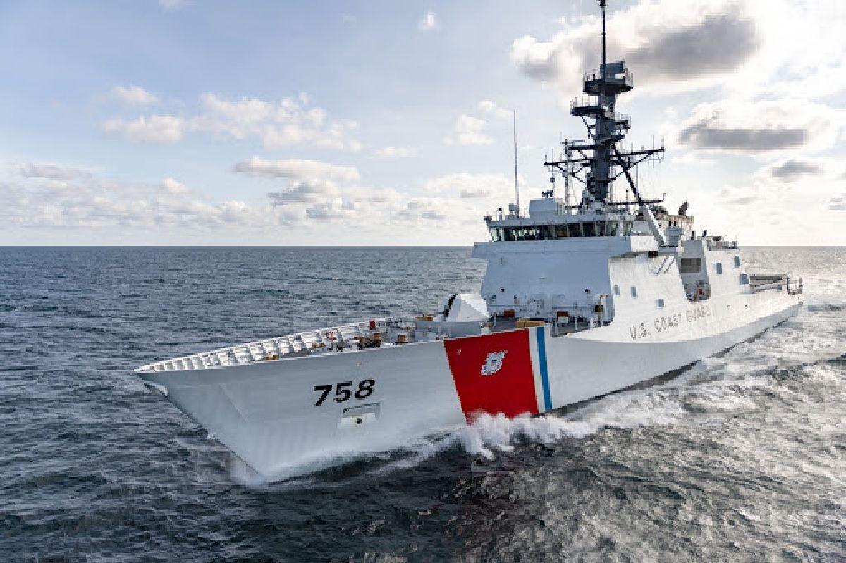 El guardacosta identificado como WMSL 758 llega al Atlántico Sur.