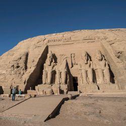La fotografía muestra el complejo Ramsés II, parte del sitio del Patrimonio Mundial de la UNESCO conocido como  | Foto:Khaled Desouki / AFP