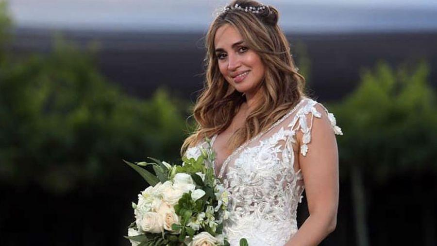 Belén lució un espectacular vestido de Claudia Arce