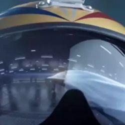 En los segundos finales del video podemos ver la silueta del futuro bombardero furtivo.