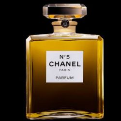 Chanel N°5, cumple 100 años