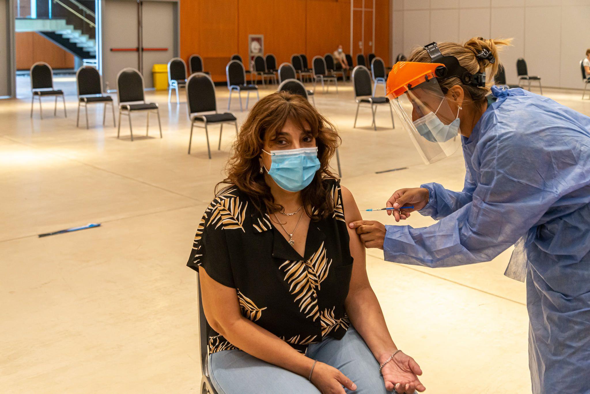 BELFIORE. En el transcurso de la semana, la directora del programa de Inmunizaciones del Ministerio de Salud se vacunó.