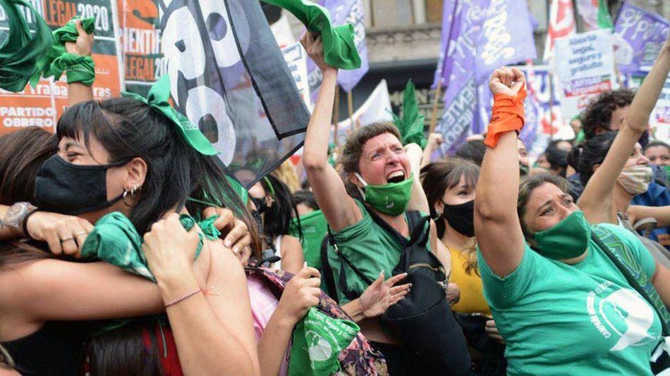 20210110_aborto_legal_festejo_cuarterolo_g