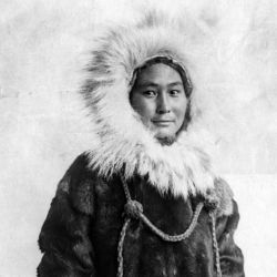 Vivió dos años sola en el Artico a la espera de un barco que fuera a rescatarla.