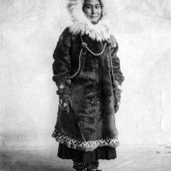 De regreso a Alaska, vivió hasta los 85 años.