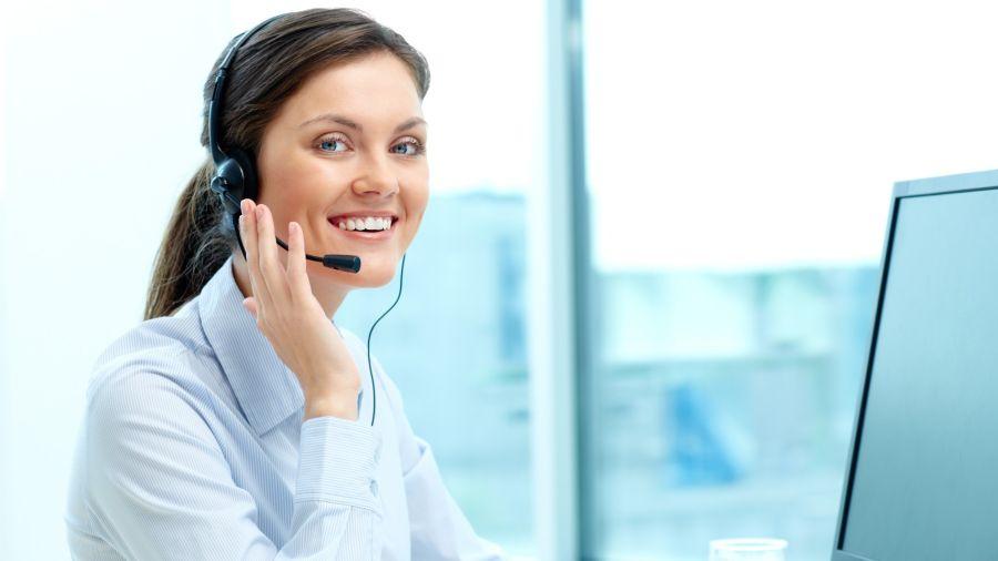 ¿Muchas reuniones online por el trabajo? Cuidá tus cuerdas vocales para evitar la disfonía.